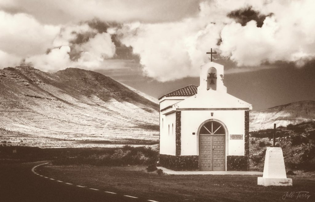 A lonely chapel